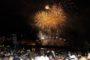 Los fuegos de Bouzas convierten el cielo de Vigo en una noche de luz y de magia