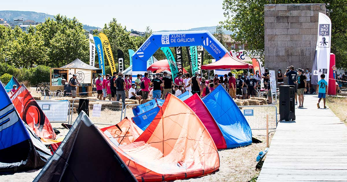 Primera jornada del KiteFest Cesantes // María Muiña/SailingShots
